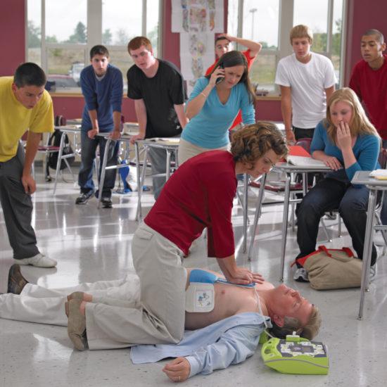 Défibrillateur ZOLL AED Plus